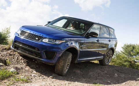 The SVR's range-topping 5.0-liter supercharged V8 engine has been developed to produce 550 hp and 520 lb-ft of torque.