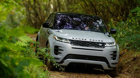 The 2020 Evoque goes on sale in the U.S. this spring.