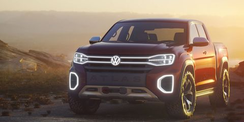 Based on the Volkswagen Atlas SUV, the Tanoak pickup concept gives us an idea of what a new VW pickup might look like. The concept rides on a 128.3-inch wheelbase and sports a 64.1-inch bed.