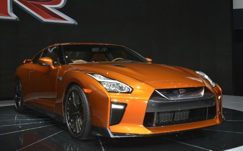 The 2017 Nissan GT-R gets more power, more comfort and a new color.