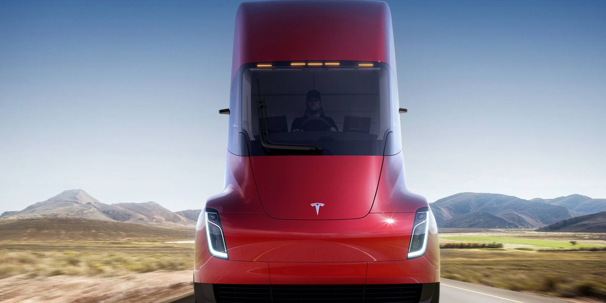 Musk Now Says 621 Miles Of Range For Tesla Semi