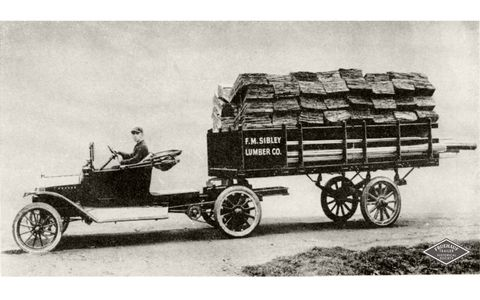 Fruehauf's first trailer for the Sibley Lumber Co.