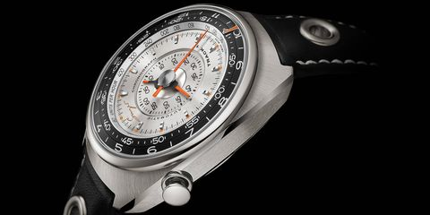 Singer, the cult-favorite Porsche 911 builder, is now in the high-end watch business: introducing the Singer Track 1 Chronograph.