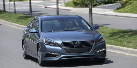 Sonata Hybrid's Nu engine produces 154 hp and 140 lb-ft of torque.