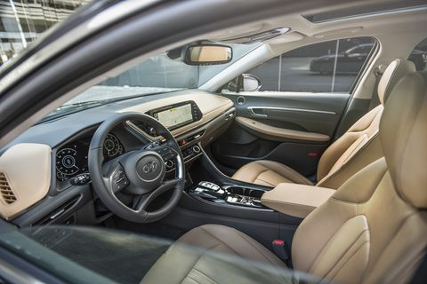The 2020 Hyundai Sonata's interior is punching above its price class with a well-thought-out and cohesive interior design.