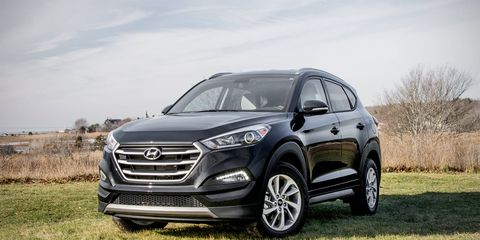 The 2016 Hyundai Tucson Eco AWD uses the smaller of the two engines that the redesigned model offers.