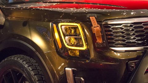 The 2020 Kia Telluride made its surprise debut during New York Fashion Week, appearing at the fashion show of Brandon Maxwell ahead of its launch in 2019.