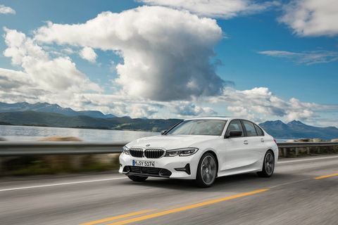The 2019 BMW 3-Series offers more interior legroom, headroom and shoulder room than the outgoing model.