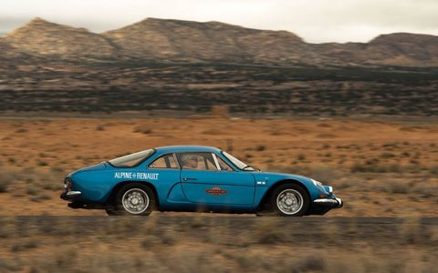 The 27th running of the Copperstate 1000 featured vintage cars all the way up to 1973. It runs all over the most beautiful parts of Arizona. Renault Alpine A110.