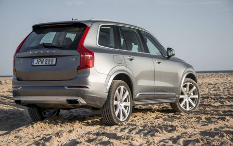 The T6 AWD version is the only one the U.S. is getting for now, with a T8 plug-in hybrid to follow in the fall.