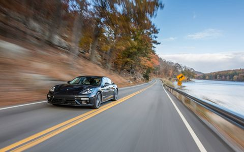The 2017 Porsche Panamera Turbo has a 4.0-liter V8 gasoline engine with 550 hp, a dual-clutch transmission with eight speeds and all-wheel drive.