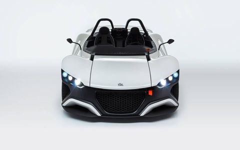The Mexican-born Vuhl 05 was engineered and produced by brothers Guillermo and Iker Echeverria.