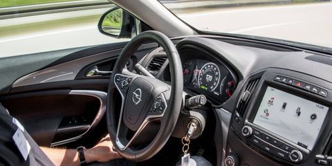 In autonomous mode, the Opel Insignia can stay in its lane and maintain a preset speed, varying it in accordance with traffic conditions.