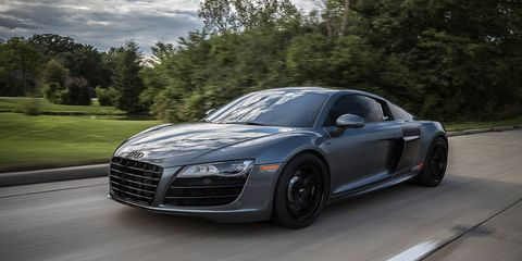 AMS outfits the R8 V10 with twin-turbochargers, increasing output to nearly 1,000 hp.