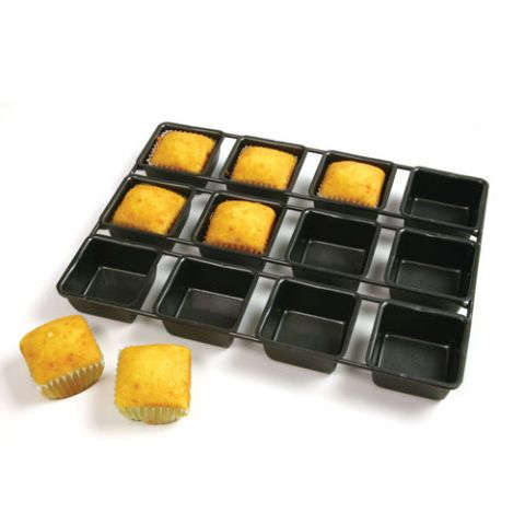 Norpro Non-Stick 12-Cavity Square Muffin Tin