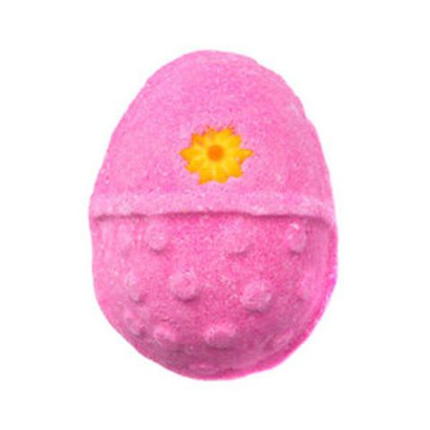 Lush Cosmetics Fluffy Egg Bath Bomb