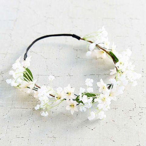 urban outfitters white flower crown