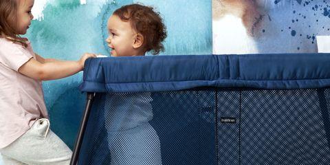 Baby Bjorn travel crib giveaway