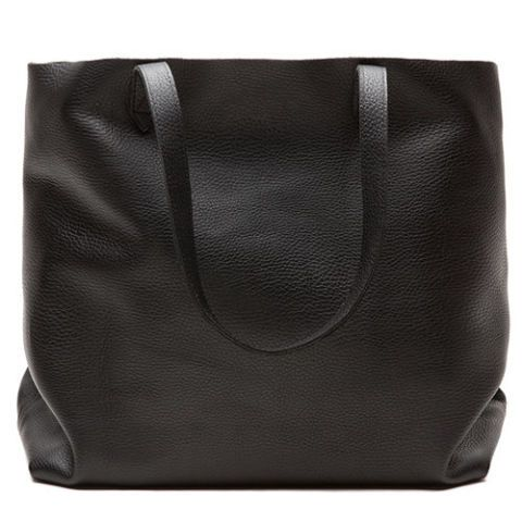 cuyana classic leather tote bag in black