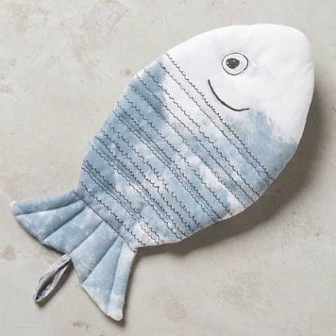 Fisherman's Feast Oven Mitt by Frieda Peppercorn