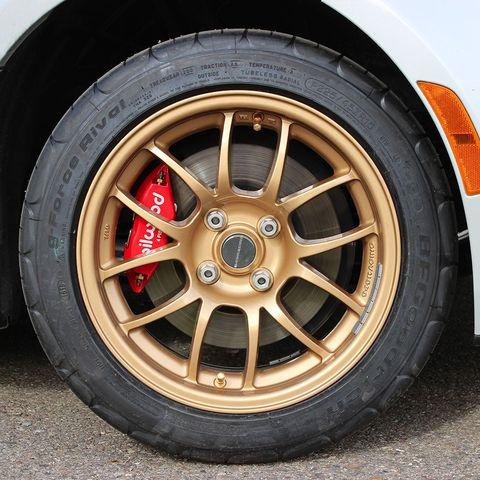 d5513930cf4 11 Best Car Brake Kits 2018 - High Performance Big Brake Kits for ...