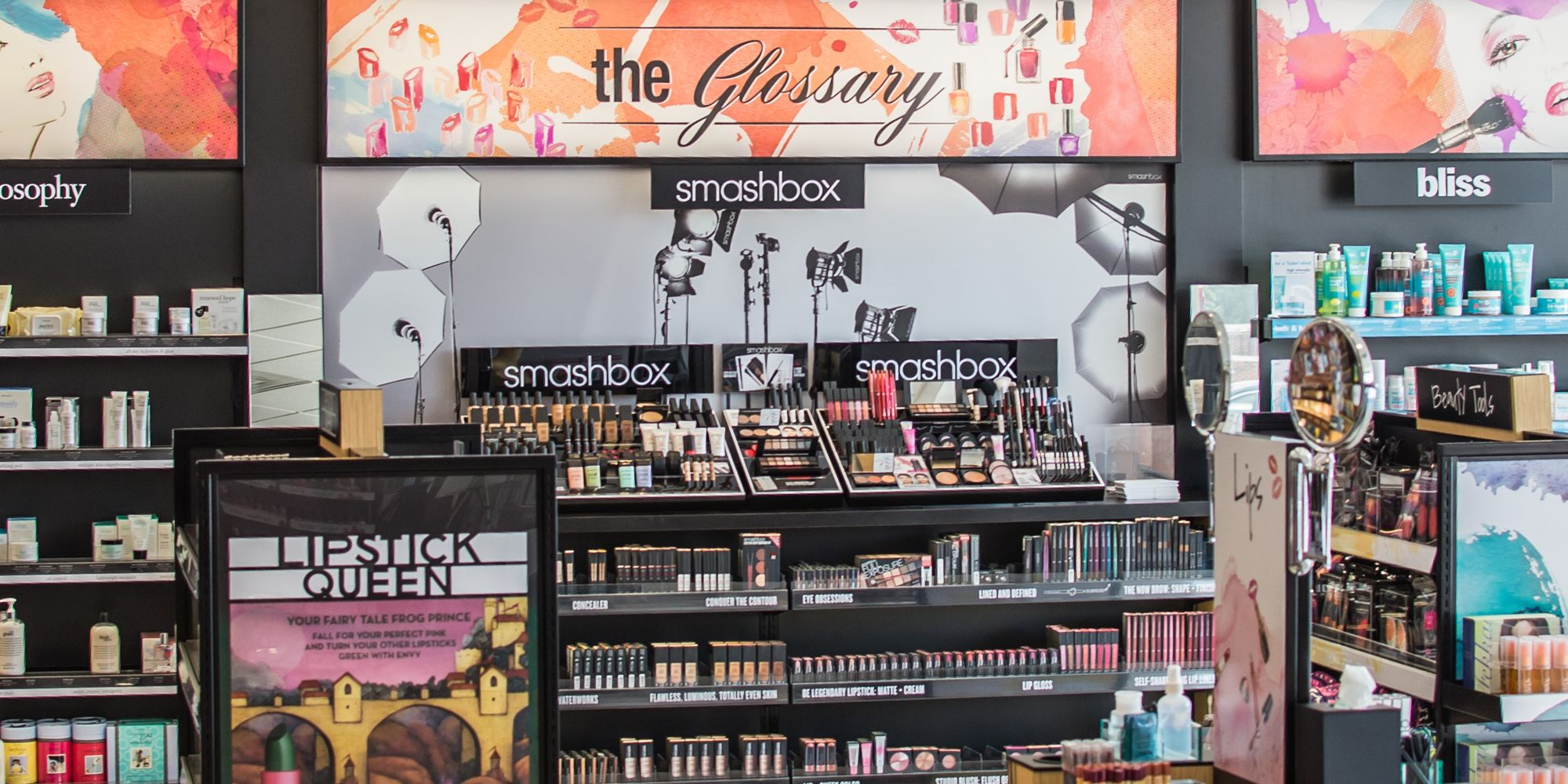 Barnes and Noble to Begin Selling Beauty Products in College Campus