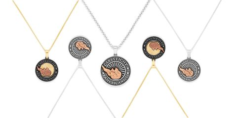 Pattern, Fashion accessory, Jewellery, Metal, Pendant, Fashion, Chain, Body jewelry, Necklace, Locket,