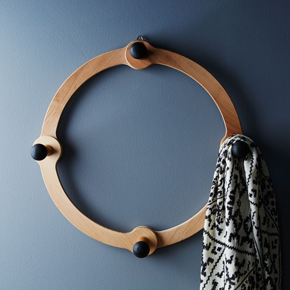 Lostine Occordion Coat Rack