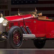 Tire, Mode of transport, Automotive design, Classic car, Car, Antique car, Fender, Classic, Rim, Automotive lighting,