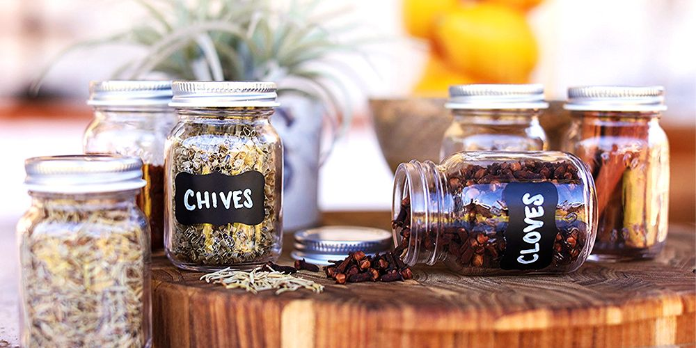 10 Crafty Spice Jars to Keep Home Cooks Organized