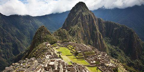Machu Picchu — Peru