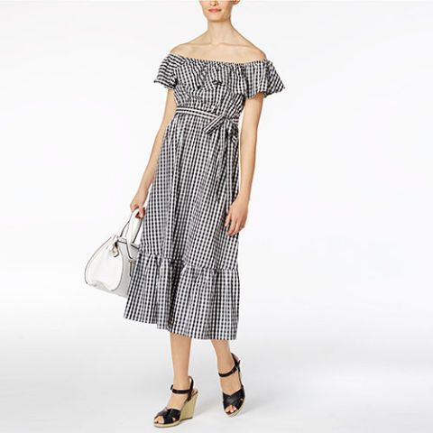 Dress, Sleeve, Shoulder, Textile, Joint, Standing, Pattern, One-piece garment, Style, Day dress,
