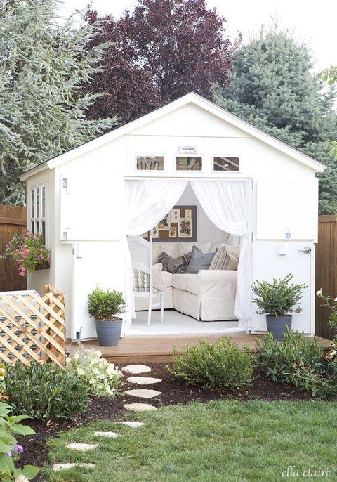 Plant, Property, Real estate, House, Garden, Flowerpot, Home, Roof, Backyard, Shrub,