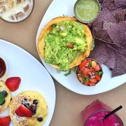 bottomless brunches in NYC