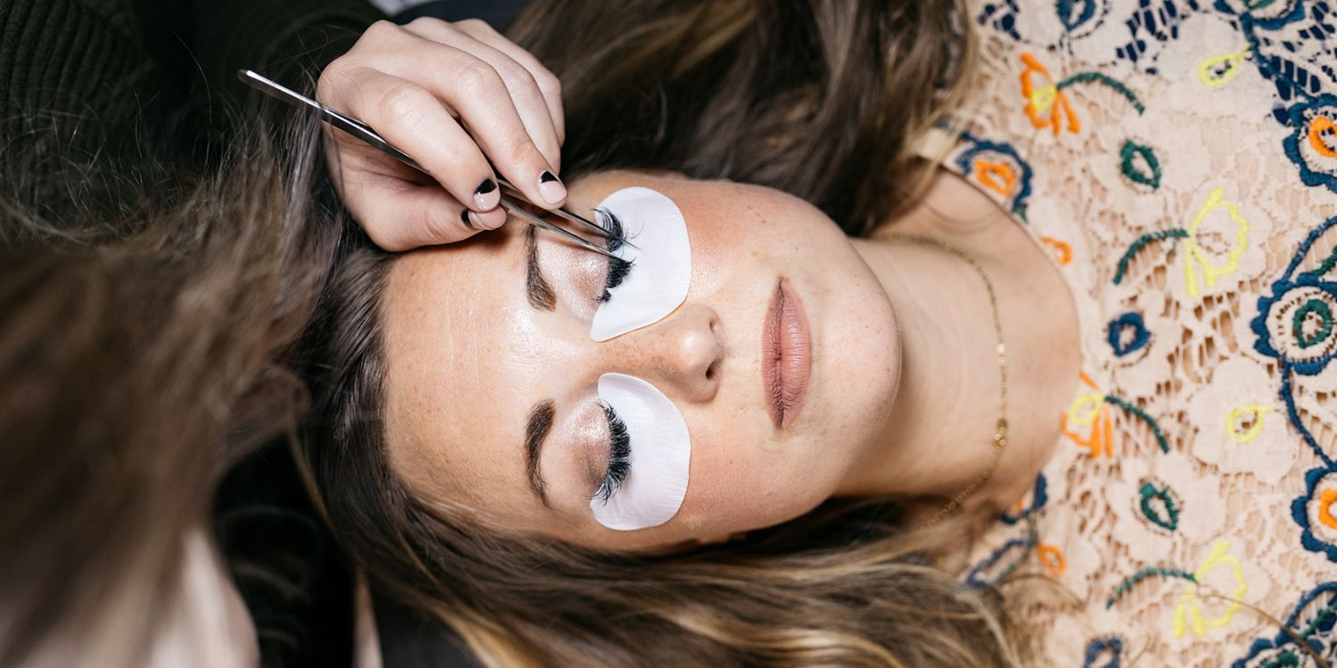 What To Know About Getting Eyelash Extensions Eyelash Extension
