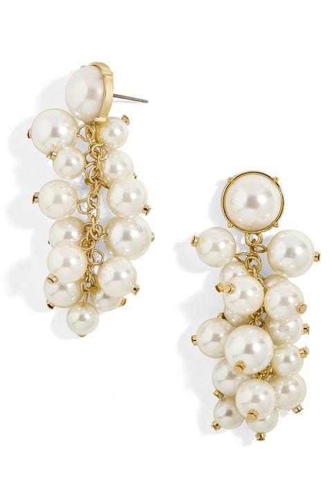 7e181d2f60496 11 Beautiful Pearl Earrings to Wear in 2018 - Best Drop and Stud ...