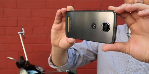 Moto Z2 Force Smartphone Review: A Shatterproof Display That