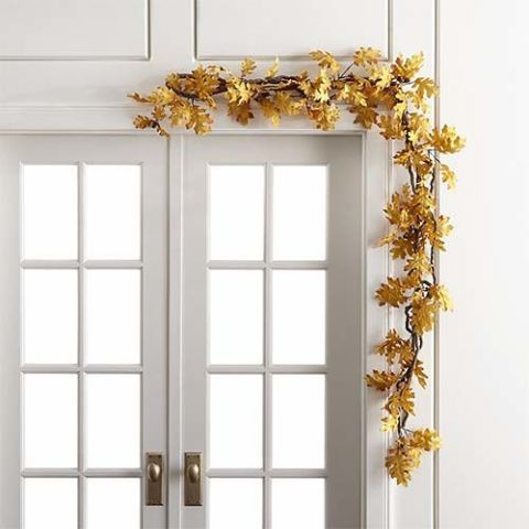 Crate & Barrel Oak Leaf Garland