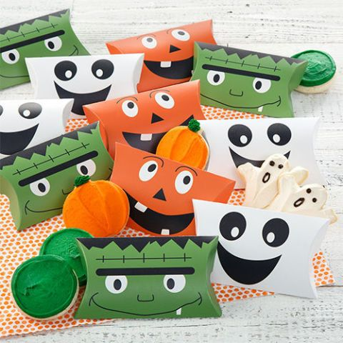 Mrs. Fields Halloween Pocket Treats