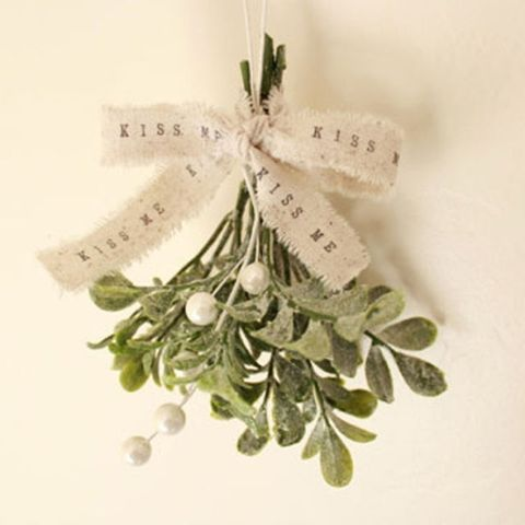shabby chic christmas mistletoe - Mistletoe Christmas Decoration