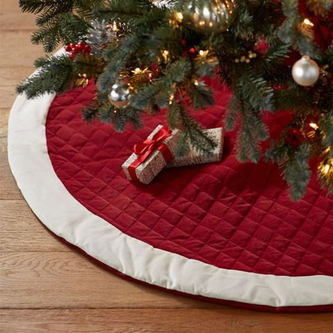 10 Best Christmas Tree Skirts For 2018 Elegant White Gold