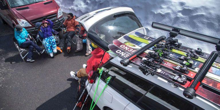 9 Lockable Ski And Snowboard Racks For Winter Fun