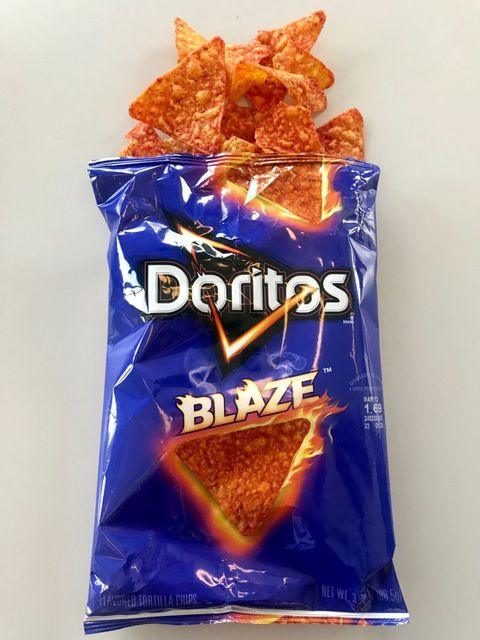 Tortilla chip, Junk food, Snack, Potato chip, Food, Totopo, Corn chip, Cuisine, Finger food,