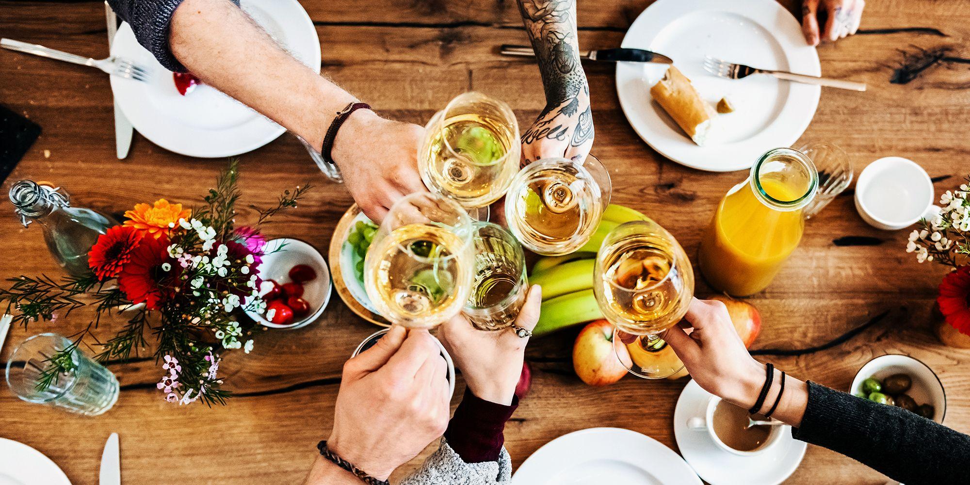 9 Best White Wines to Drink in 2020 - Good White Wines Under $35