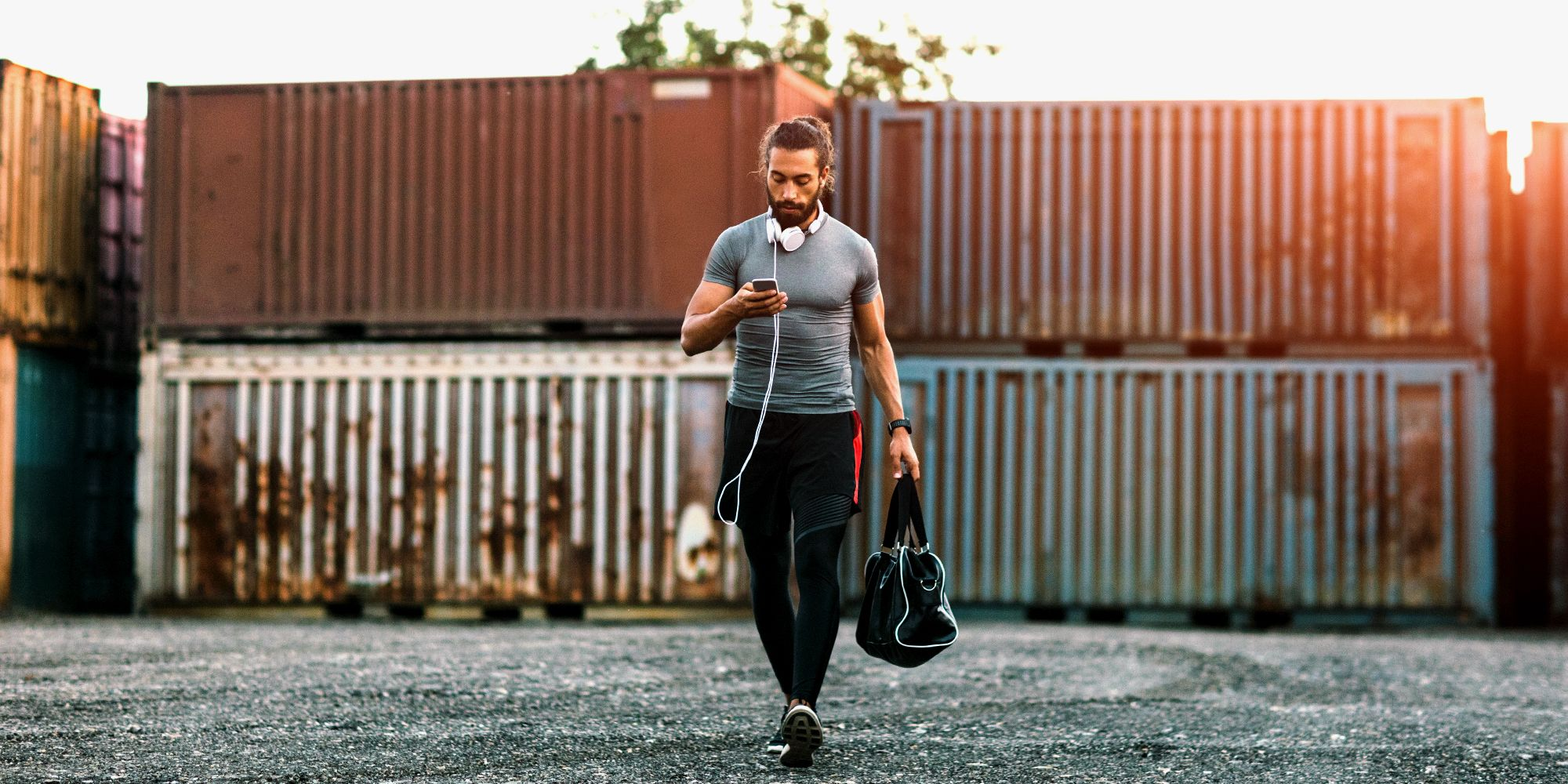 8 Best Gym Bags for Men in 2018 - Durable Mens Workout Bags 6f5d5d158c552