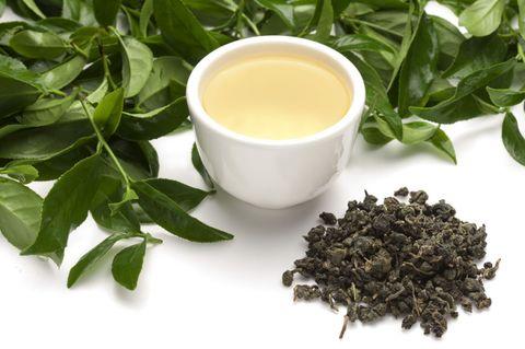 Ingredient, Leaf, Serveware, Liquid, Spice, Drink, Dishware, Fines herbes, Herb, Drinkware,
