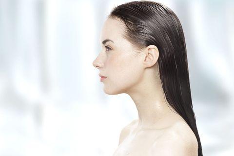 Ear, Lip, Hairstyle, Skin, Chin, Forehead, Shoulder, Eyebrow, Eyelash, Joint,