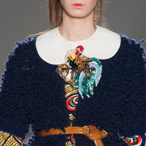 Shoulder, Fashion, Neck, Fashion design, Craft, Knitting, Creative arts, Body jewelry, Woolen, Day dress,
