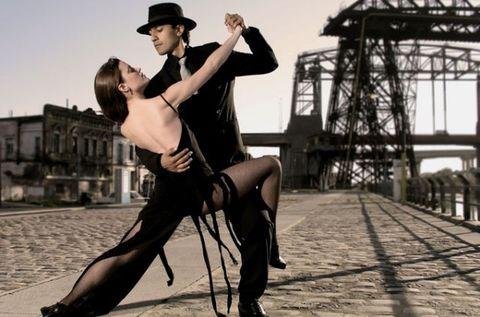 Hat, Fashion accessory, Sun hat, Dance, Dancer, Flash photography, Tights, Performance art, Fedora, Choreography,