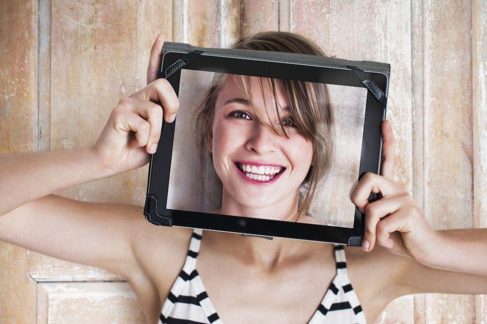 Dating online basato su sguardi